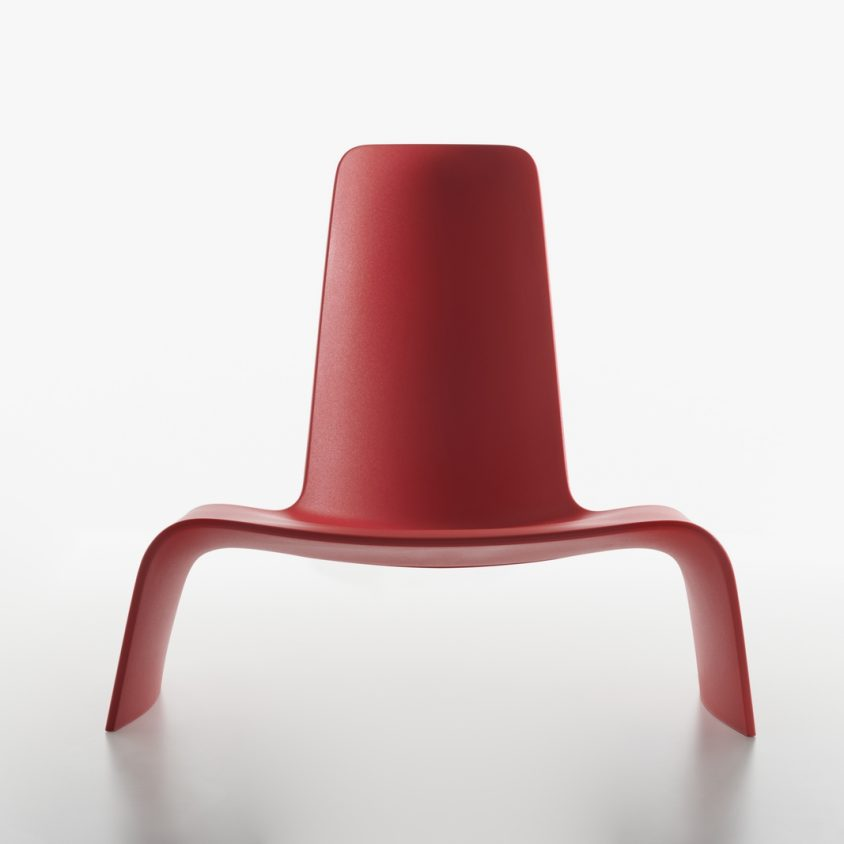 Una silla con estilo de auto deportivo 3