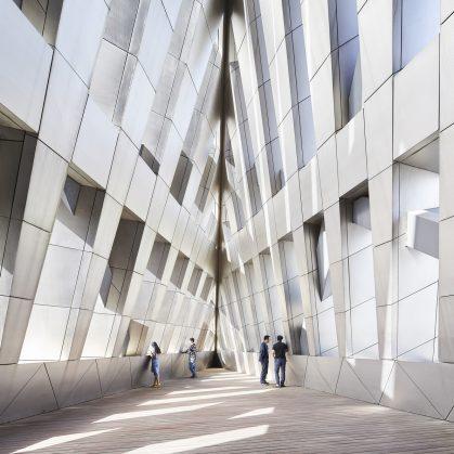 El museo Zhang ZhiDong, la primera obra de Libeskind en China 8
