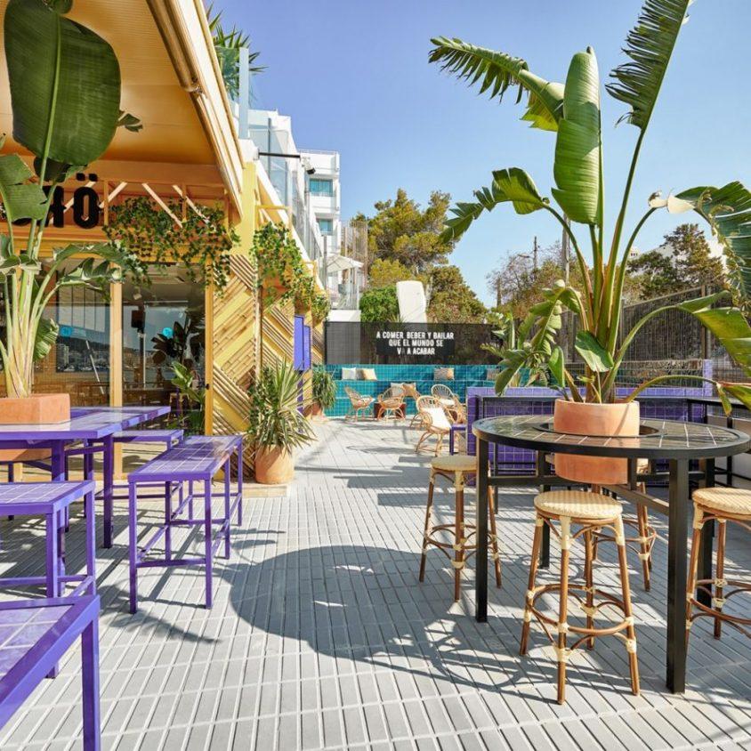El remodelado Bar TORÖ en Ibiza 1
