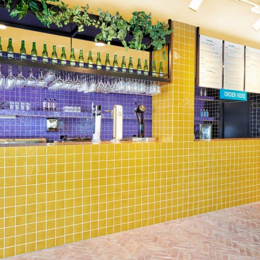 El remodelado Bar TORÖ en Ibiza 6