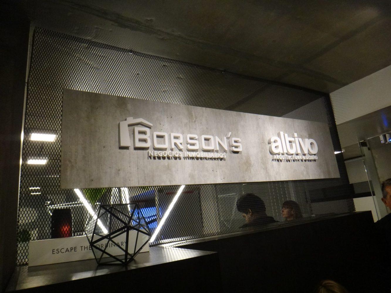 Walks of Design: Altivo 8