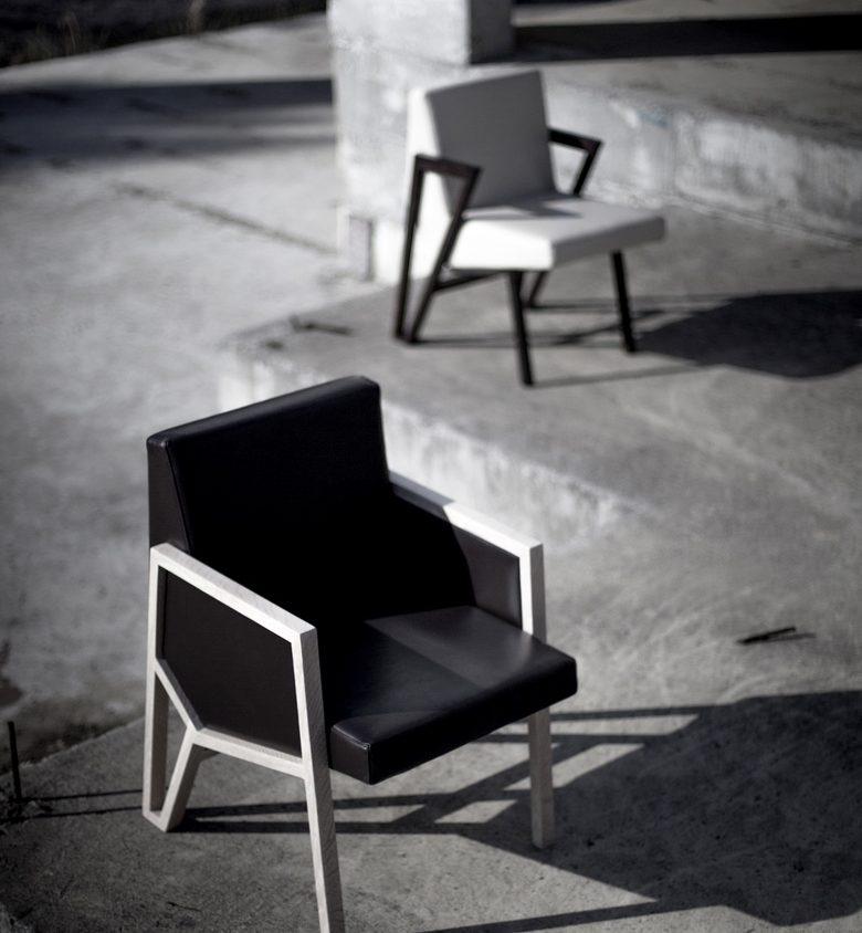 La silla imperfecta de Okha 2