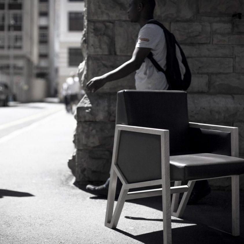 La silla imperfecta de Okha 6