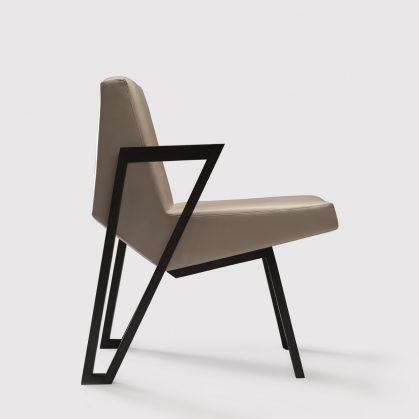 La silla imperfecta de Okha 14