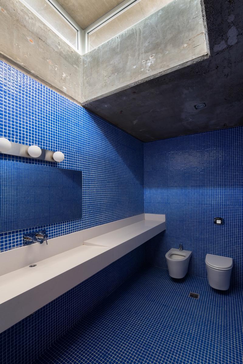 El azul clásico es el elegido por Pantone para ser el color del año 2020 18