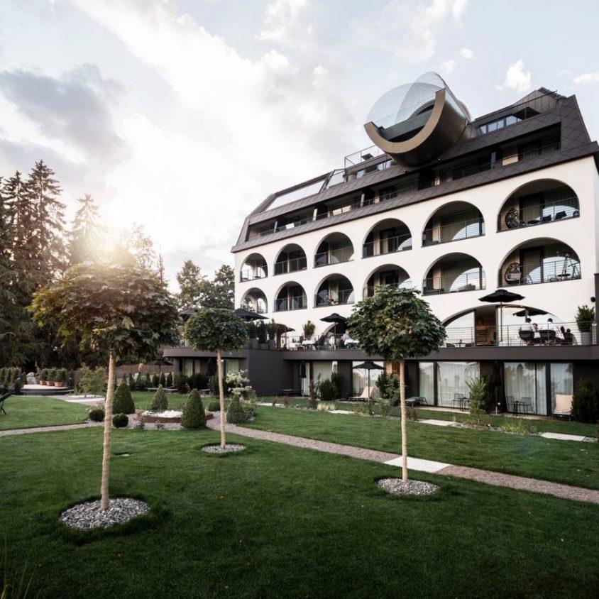 Los arcos del hotel Gloriette 3