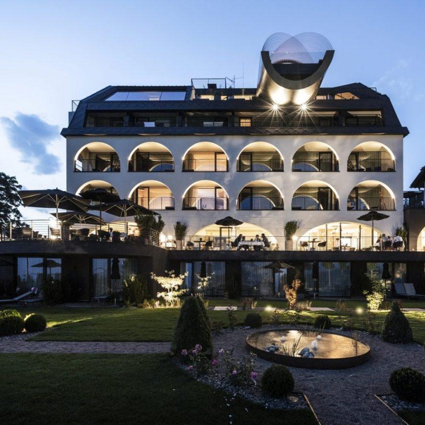Los arcos del hotel Gloriette 4