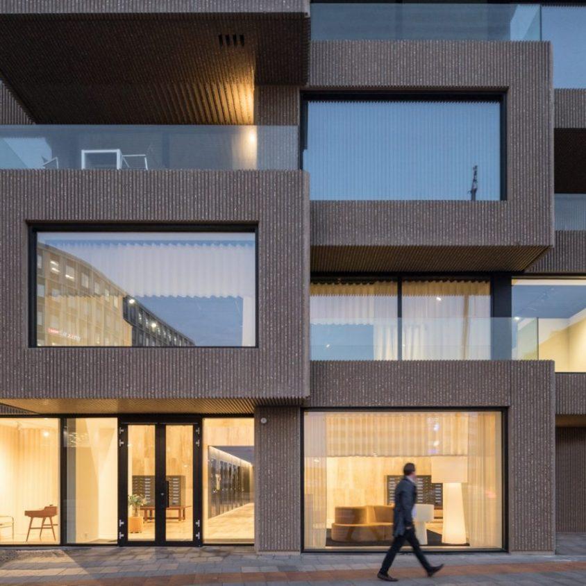 El primer edificio de Norra Tornen 9