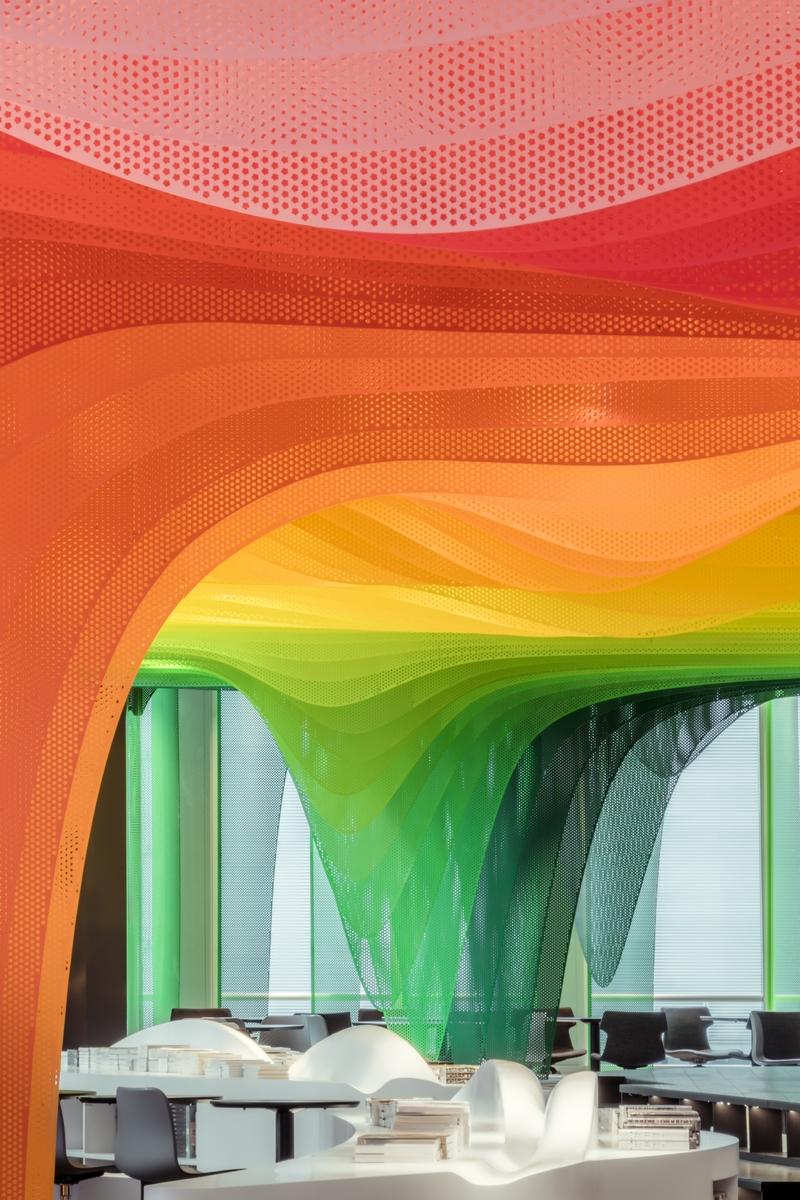 Un arcoiris en la librería Zhongshu 13