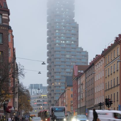 El primer edificio de Norra Tornen 14