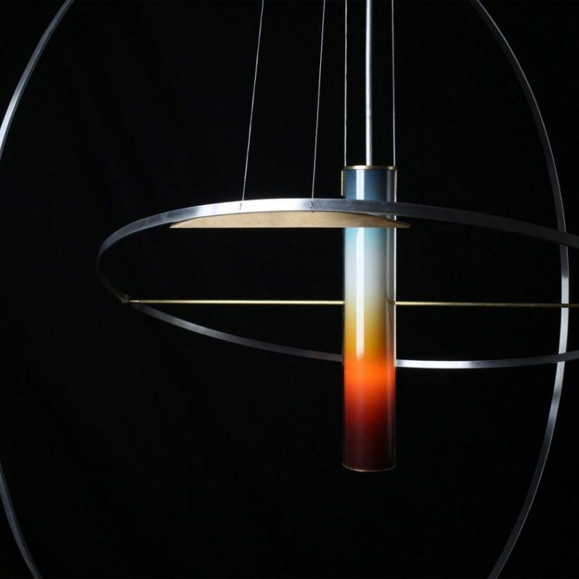 La puesta del sol en una lámpara 2