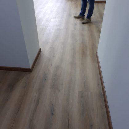 Pisos vinílicos símil madera 17