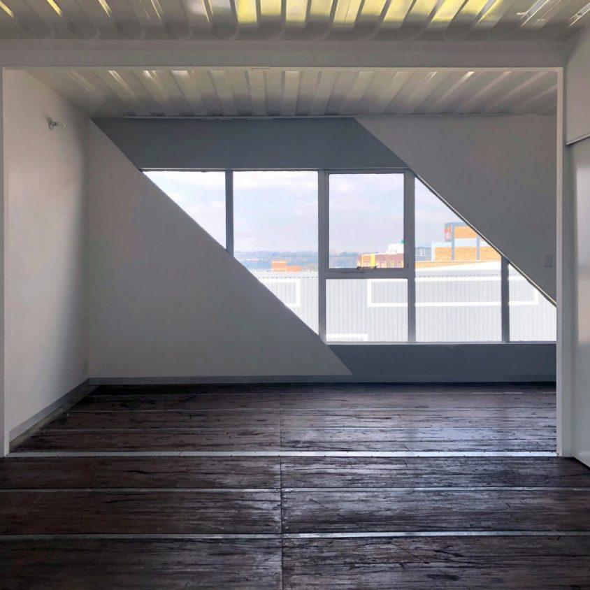 Drivelines Studios, un edificio hecho de contenedores 22