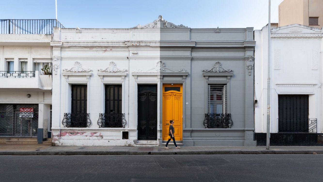 La casita de la puerta amarilla 12
