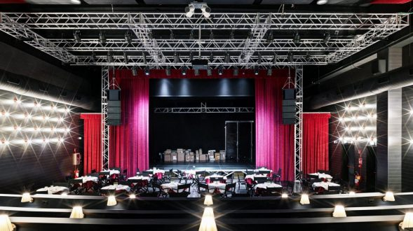 El espectáculo y la gastronomía se une en Zomby Blue Live Club 12