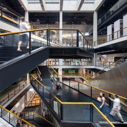 El extenso centro cultural Longgang 21