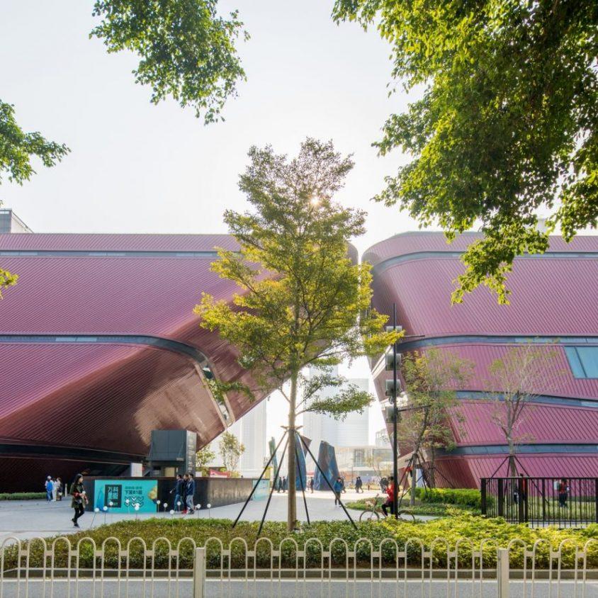 El extenso centro cultural Longgang 7