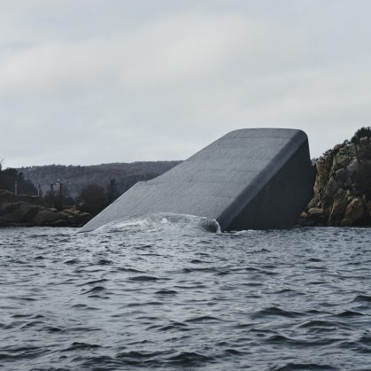 El restó submarino Under está listo para servir 4