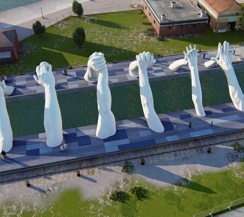 El escultural puente de manos de Lorenzo Quinn 6