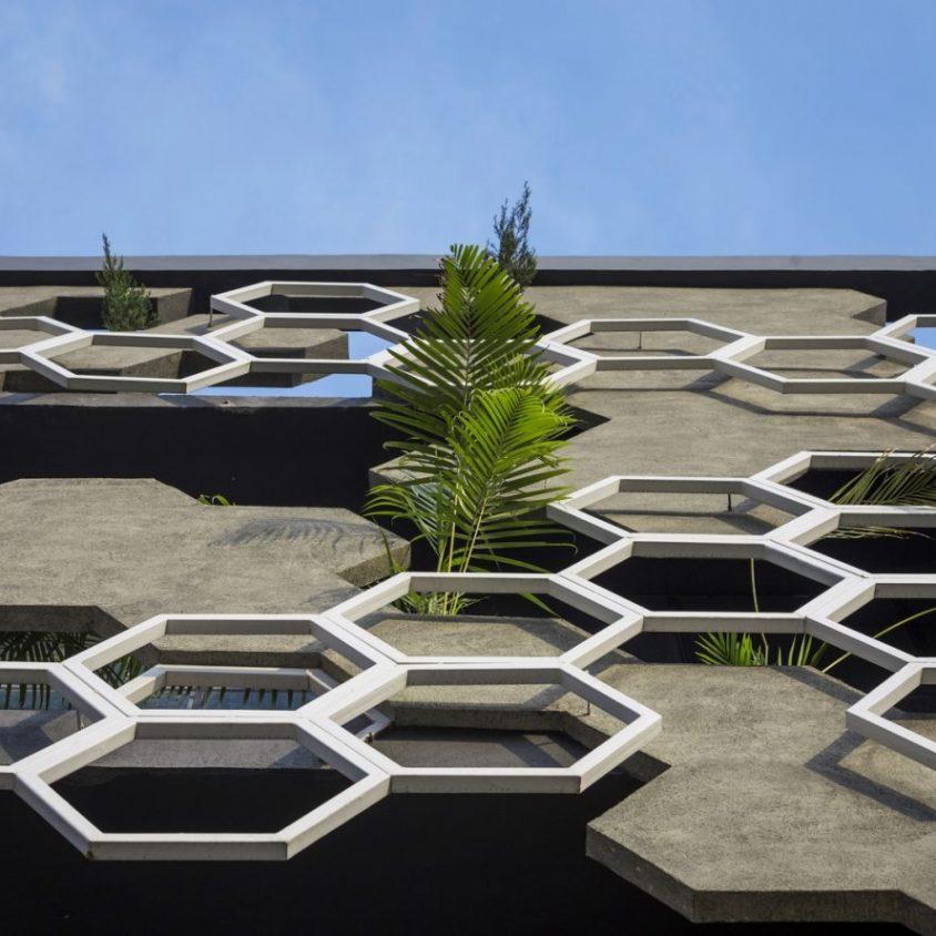 El diseño geométrico de la fachada de Hexalace 14