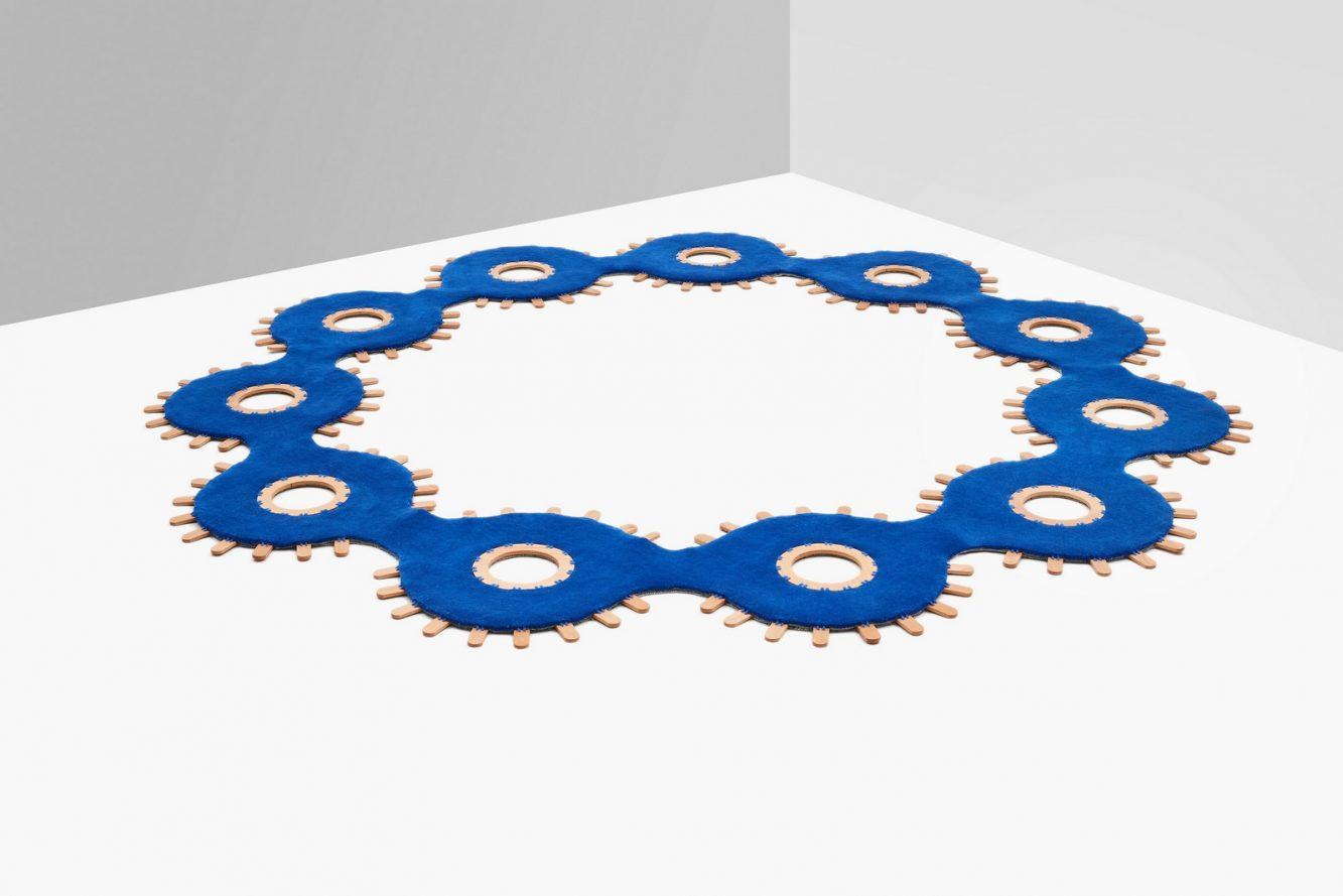 El azul clásico es el elegido por Pantone para ser el color del año 2020 14