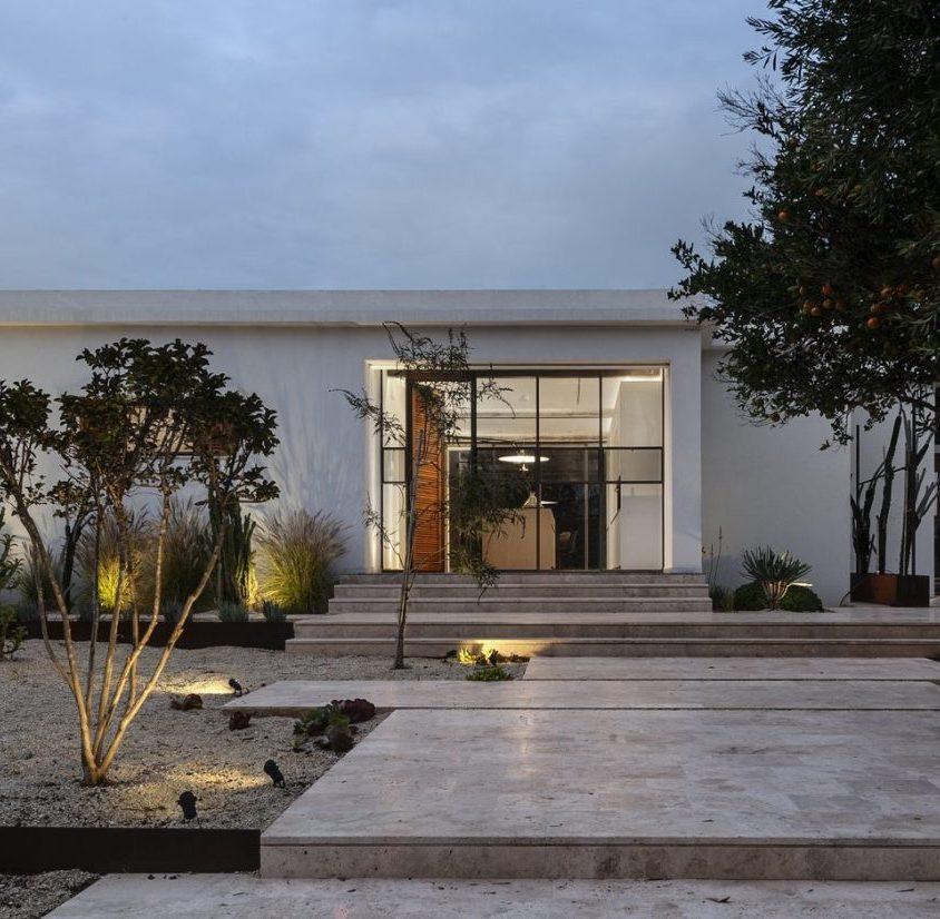 Mediterranean Cacti House 28