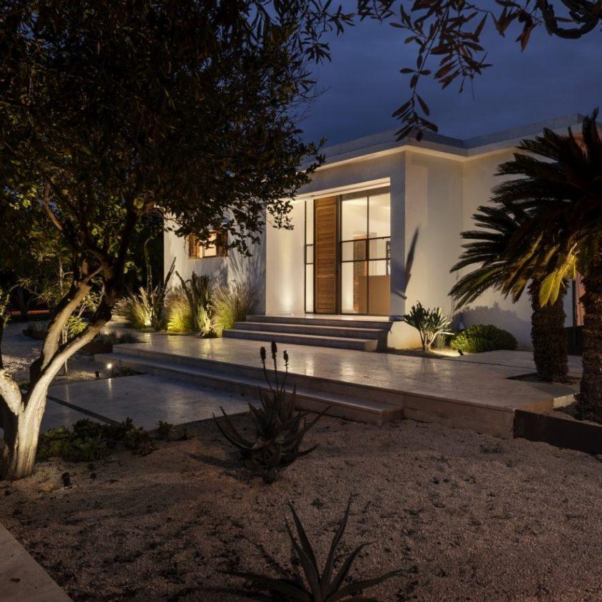 Mediterranean Cacti House 30