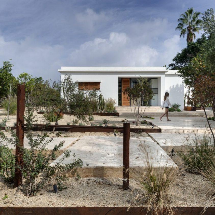 Mediterranean Cacti House 1