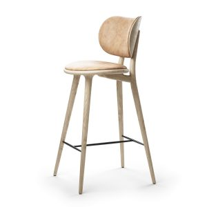Mater_High Stool Backrest by Space Copenhagen_Lifestyle_NaturalLacqueredOak_Side_HR (Copiar)