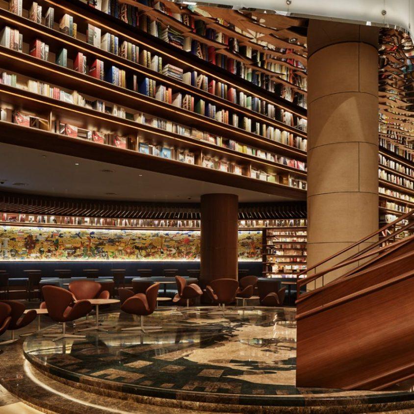 Un palacio convertido en librería 3