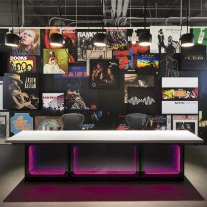 Las oficinas de Warner Music, listas para grabar 24