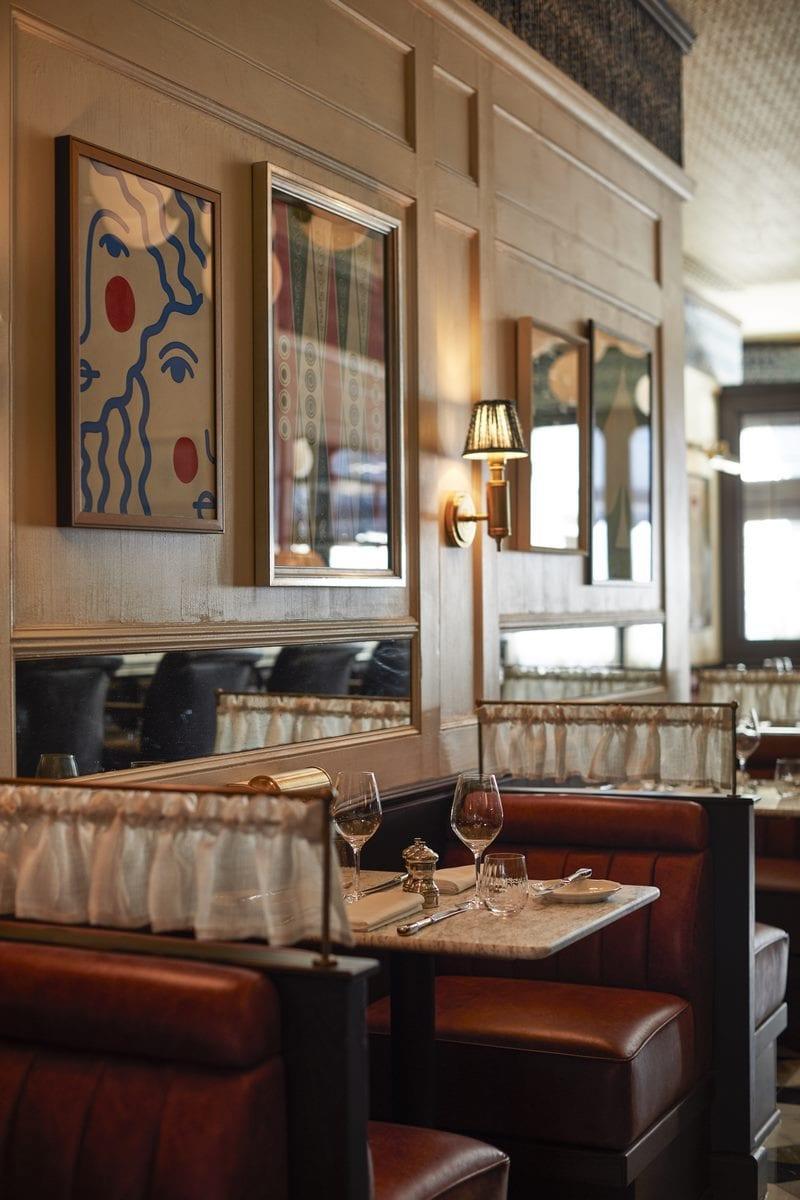 Arte y tradición en el restaurante Moncks 9