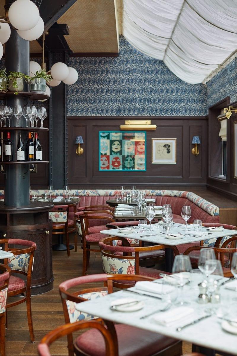 Arte y tradición en el restaurante Moncks 14
