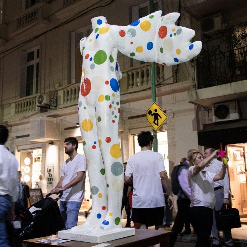 Diseño y arte para todo público en Arenales 8