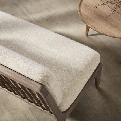 Muebles con diseño sostenible en Benchmark 15