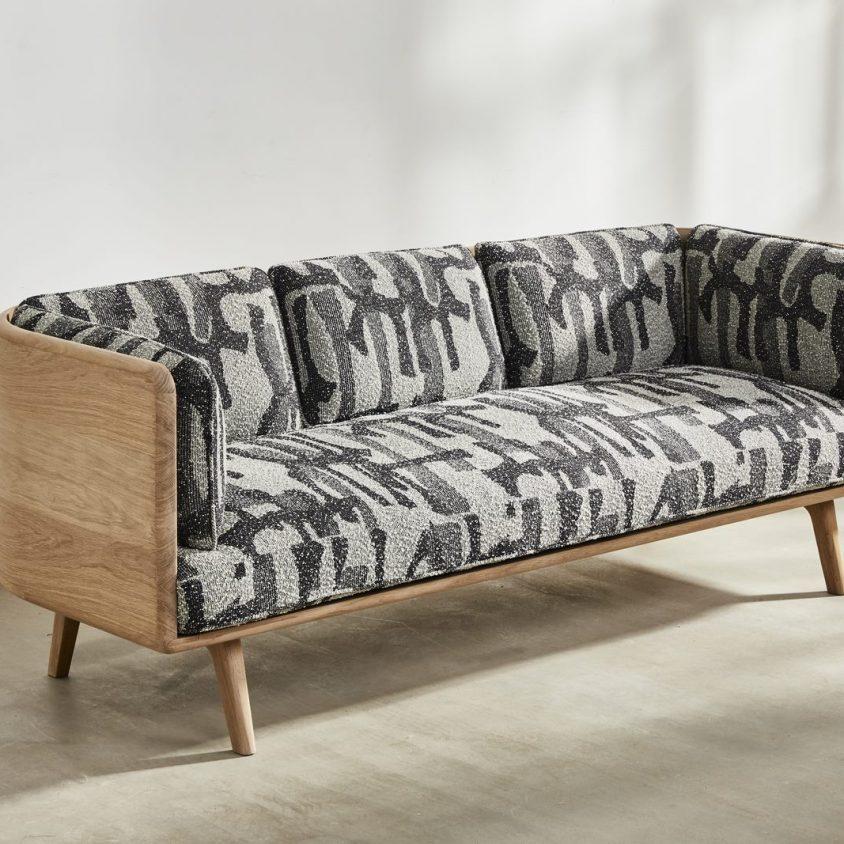 Muebles con diseño sostenible en Benchmark 1