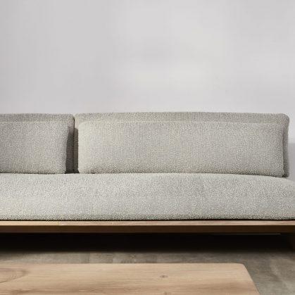 Muebles con diseño sostenible en Benchmark 3