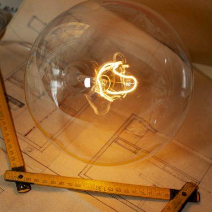 60 años después, la lámpara Bulbo vuelve a brillar 9