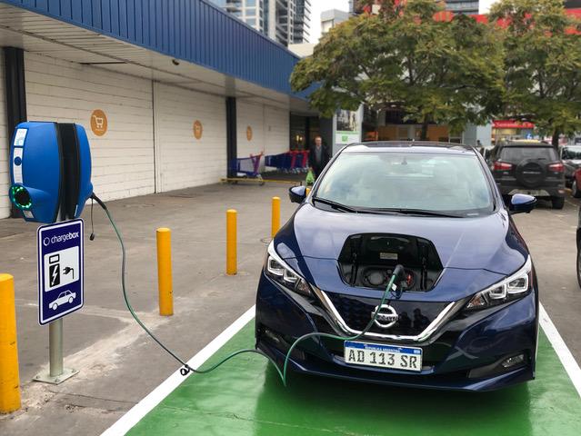 Un nuevo punto de carga para autos eléctricos en Argentina 1