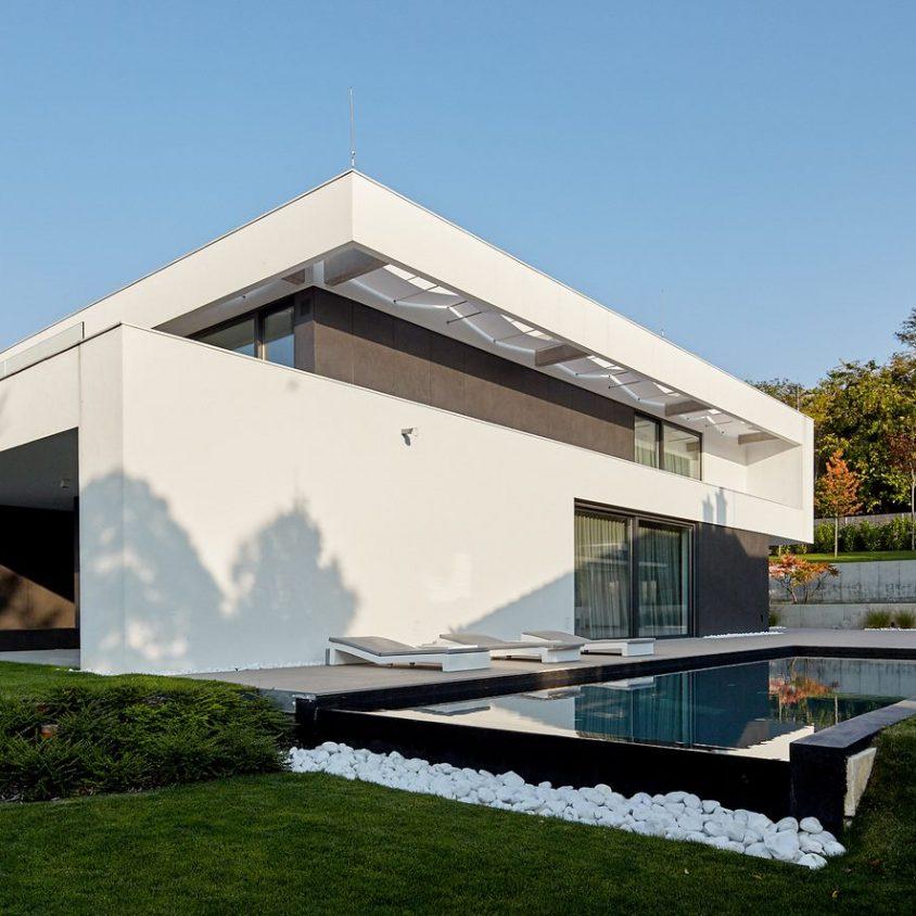 Equilibrio entre el lujo y lo simple en un hogar familiar 8