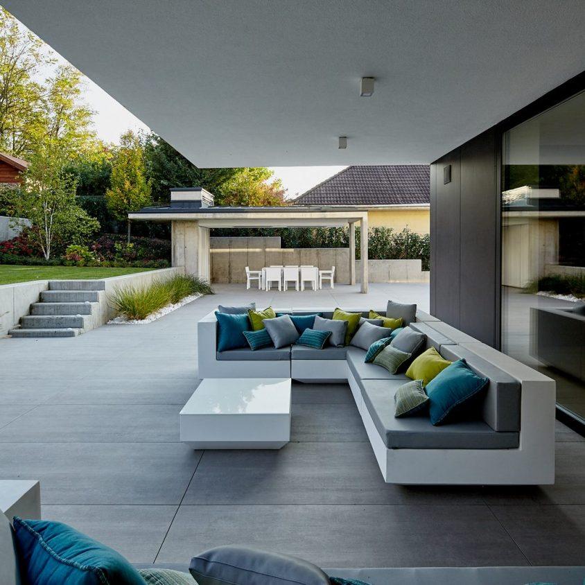 Equilibrio entre el lujo y lo simple en un hogar familiar 10