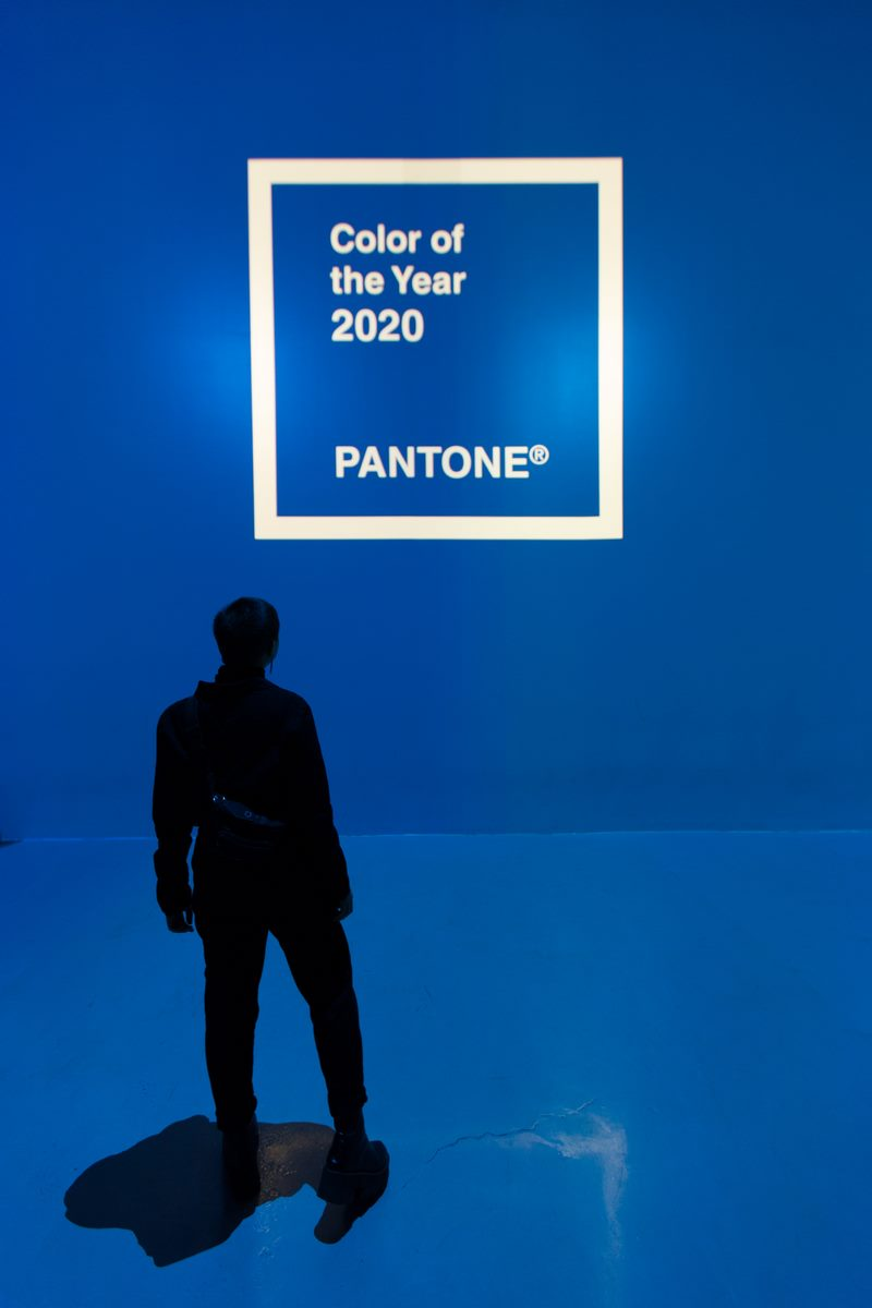 El azul clásico es el elegido por Pantone para ser el color del año 2020 2