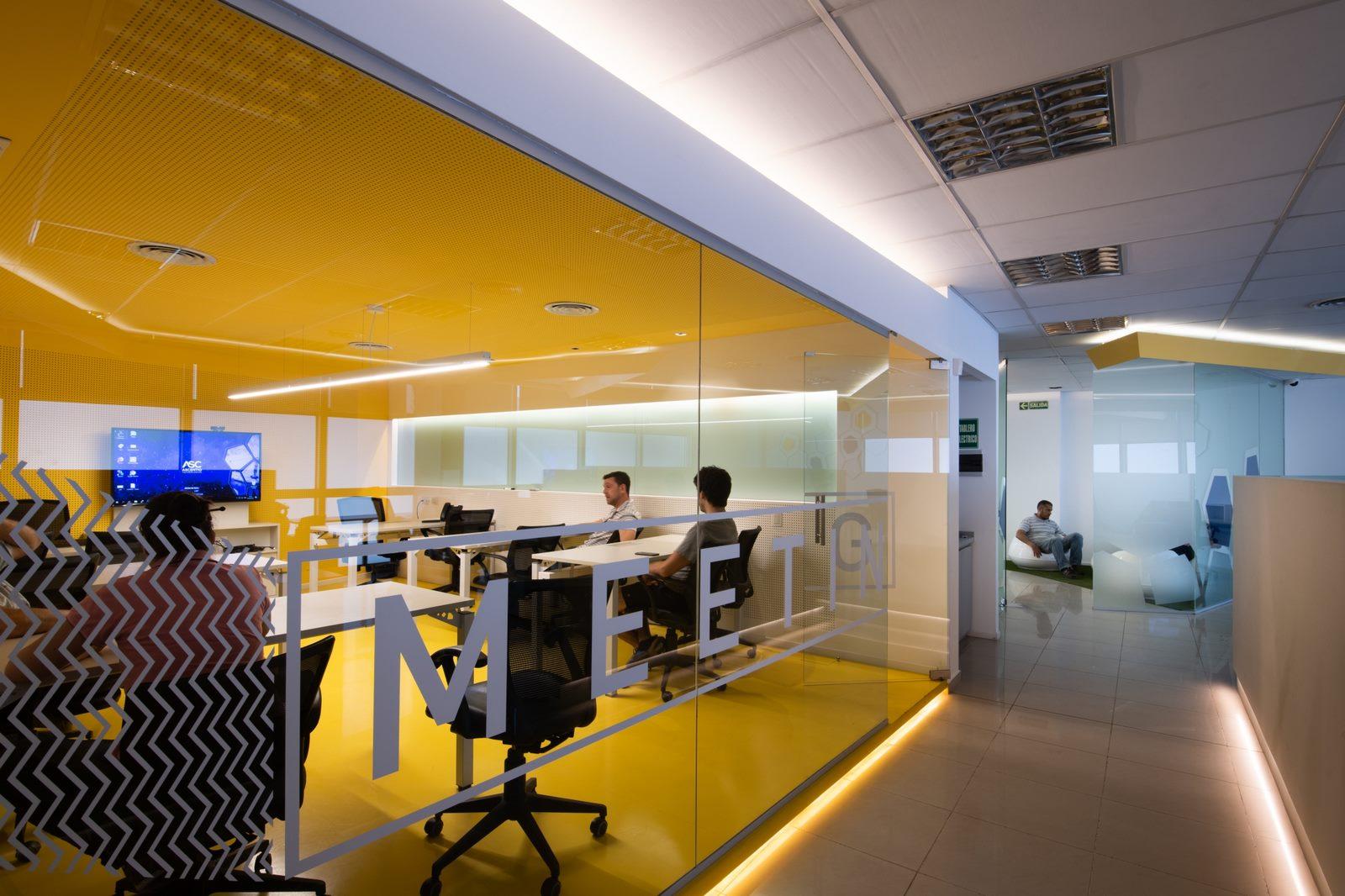 Oficina Ascentio Technologies 13