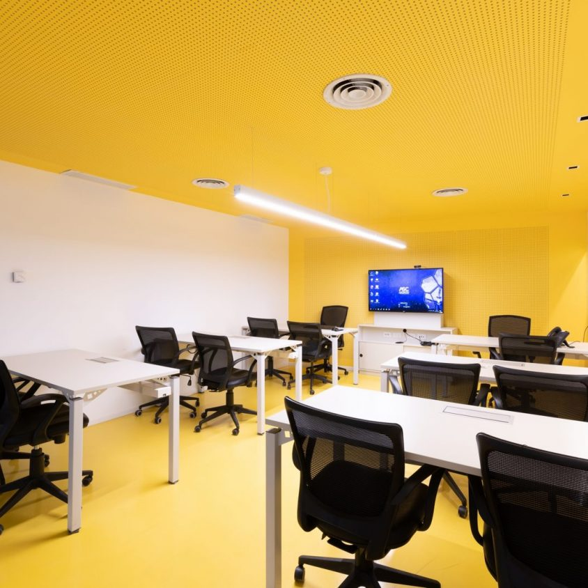 Oficina Ascentio Technologies 10
