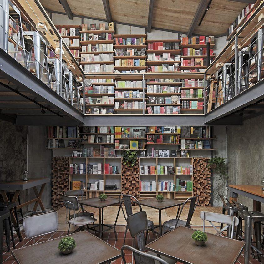 Música, comidas y lectura en Cauz Foro Librería 1
