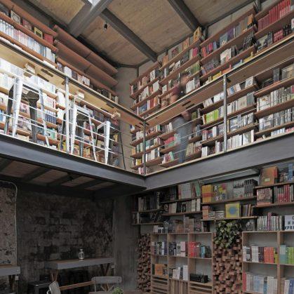 Música, comidas y lectura en Cauz Foro Librería 6