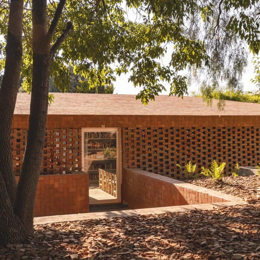 El uso innovador de materiales para un Centro Educativo 1