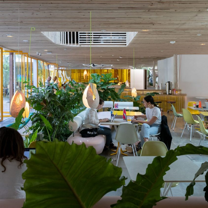 Second Home, un coworking en medio de la naturaleza 17