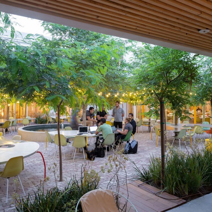Second Home, un coworking en medio de la naturaleza 12