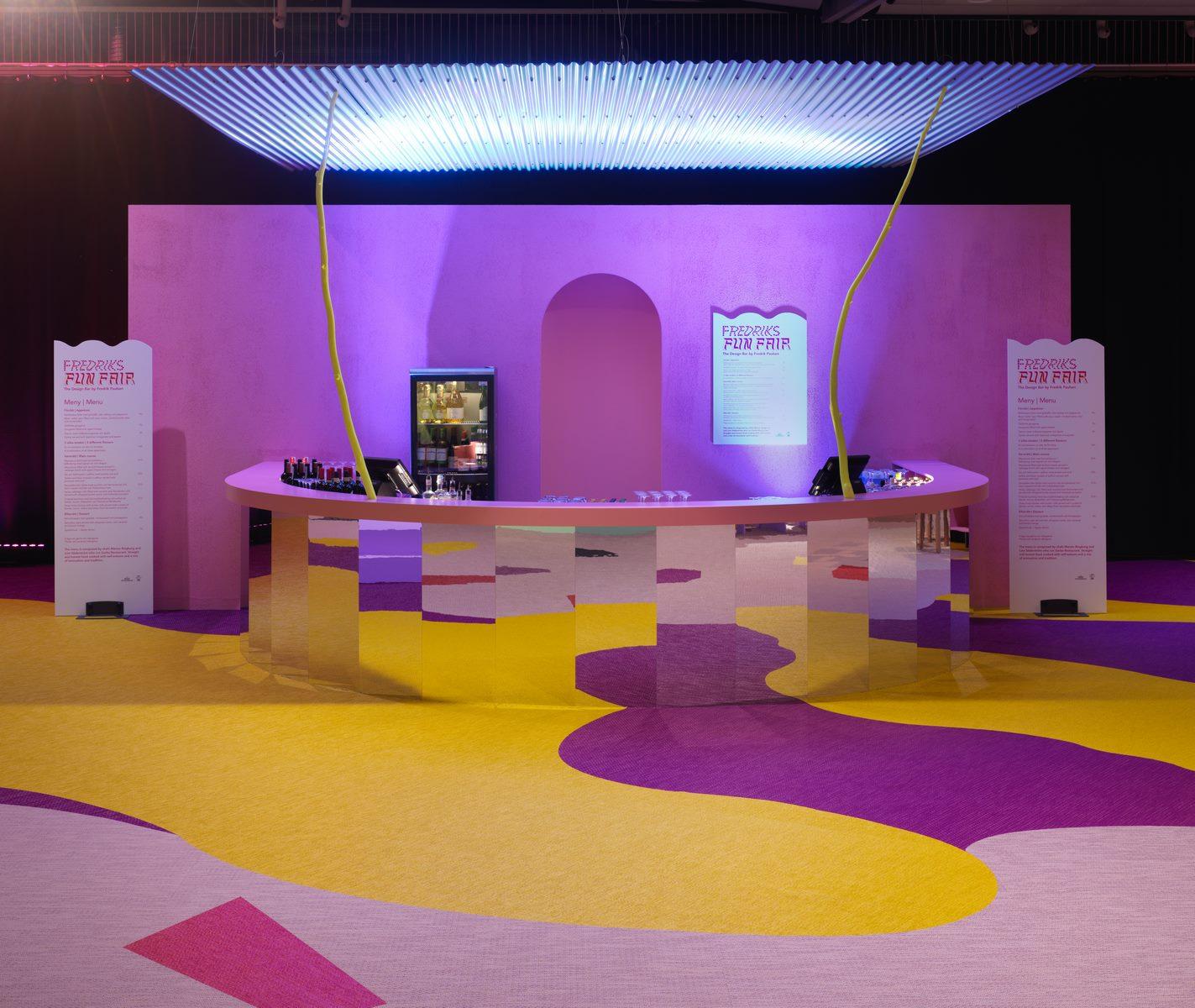 El diseño escandinavo de festejo en Stockholm Furniture & Light Fair 19